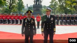 美军印太司令部司令戴维森上将2018年10月17日在泰国访问(美军照片)