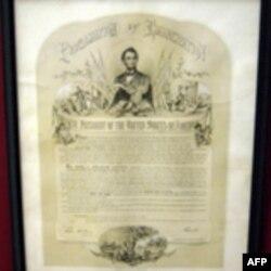 Экземпляр Прокламации об отмене рабовладения - предоставлен Музеем Наследия Линкольна штат Иллинойс