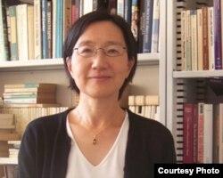 玉野井麻利子教授深入采访开拓团遗孤并记下口述历史