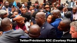 Président Félix Tshisekedi kati na bana ya Congo bavandi na Atlanta nsima ya bokutani na bango, Atlanta, 28 septembre 2018. (Twitter/Présidence RDC)