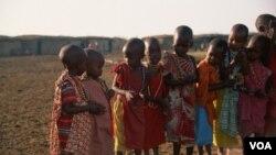 Diferentes grupos armados continúan reclutando niños y enviándolos a la guerra.