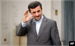 Mahmoud Ahmadinejad (archives)