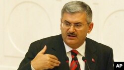 Turkish Minister of Transportation Binali Yildirim (file photo)