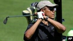 El golf y el basquetbol, son dos de los deportes preferidos del presidente Barack Obama.
