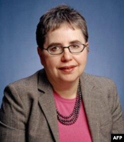 Marta Olkott, amerikalik olima