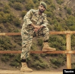 تسنیم از محسن قیطاسلو، ستوان ارتش به عنوان یکی از کشته شدگان نام برده است.