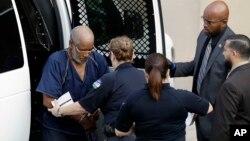 جیمز متیو بردلی، راننده کامیونی که در آن اجساد هشت مهاجر پیدا شده است، در این پرونده مجرم شناخته شد