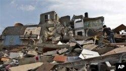 Gazze'de bir İslami Cihad militanın İsrail hava saldırısında yıkılan evi..