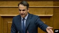 PM Yunani Kyriakos Mitsotakis berbicara di Athena (foto: dok).