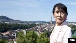 缅甸民主派领袖昂山素季在瑞士伯尔尼的玫瑰园(2012年6月15日)