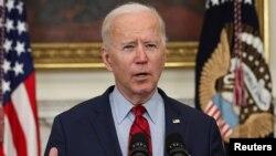ប្រធានាធិបតីសហរដ្ឋអាមេរិក លោក Joe Biden ថែ្លងអំពីការបាញ់ប្រហារនៅរដ្ឋ Colorado នៅឯសេតវិមាន រដ្ឋធានីវ៉ាស៊ីនតោន ថ្ងៃទី២៣ ខែមីនា ឆ្នាំ២០២១។