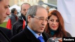 Cenevre görüşmelerine katılan Suriye Dışişleri Bakan Yardımcısı Faysal Mekdad