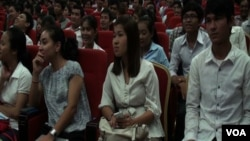 """Speaking at a youth forum in Phnom Penh over the weekend, where some 700 students gathered, Pung Chhiv Kek, founder of the rights group Licadho, said youths need """"awareness of the world and self-development to be active citizens."""""""