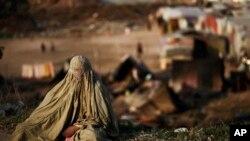 بزرگان قومی در پاکستان میگویند که زنان باید از خانه بیرون نشوند