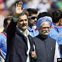 پاک بھارت وزرائے اعظم نے اکٹھے سیمی فائنل میچ دیکھا
