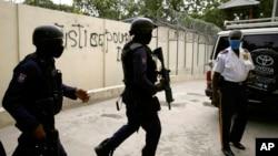 Vojska na ulicama Port-au-Princea poslije ubistva predsjednika Haitija.