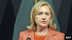 Клинтон недовольна отсутствием международного консенсуса по Сирии
