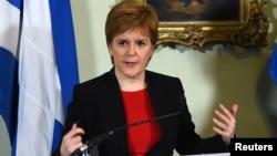 Serokwezîra Îskoçya Nicola Sturgeon