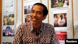 "Presiden terpilih Joko ""Jokowi"" Widodo dalam sebuah wawancara di Jakarta (10/7). (Reuters/Darren Whiteside)"