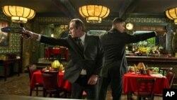 Las populares estrellas Will Smith y Tommy Lee Jones retomaron los papeles de dos agentes secretos que luchan contra especies alienígenas que habitan la Tierra.