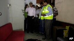 Polisi Bangladesh serangan terhadap penerbit Shudhdhoswar yang menewaskan sedikitnya tiga orang di Dhaka, Sabtu (31/10).