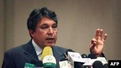 Anh cả của Tổng thống Afghanistan, ông Mahmood Karzai, đang bị các công tố viên liên bang Hoa Kỳ điều tra về tội tham nhũng