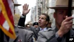 El gobernador de Nueva York Andrew Cuomo participó de los eventos en agradecimiento a los veteranos de guerra en EE.UU.