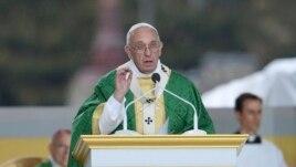 Papa Françesku, kandidat për Nobelin