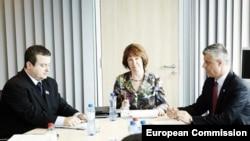 AB Yüksek Temsilcisi Catherine Ashton himayesinde yürütülen görüşmeler Sırbistan'ın üyelik perspektifi açısından belirleyici oldu