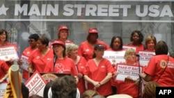 Медсестры хотят «исцелить Америку»