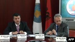 Shqipëri: Kryeministri Berisha deklaron hapjen e fushatës për zgjedhjet e 8 majit