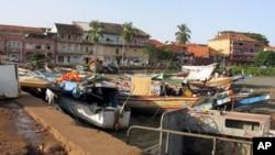 Bissau waterfront boats