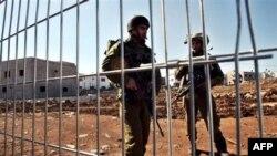Theo kế hoạch, binh sĩ Israel sẽ rút khỏi phần phía bắc làng Ghajar và giao quyền kiểm soát cho lực lượng duy trì hòa bình LHQ ở miền nam Li băng