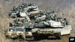 미-한 연합훈련의 일환으로 한국 파주에서 훈련 중인 미 육군. (자료사진)