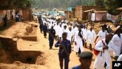 Des médecins et des agents de santé à Butembo, après une attaque contre une équipe de lutte contre Ebola, à Butembo RDC, le 24 avril 2019.