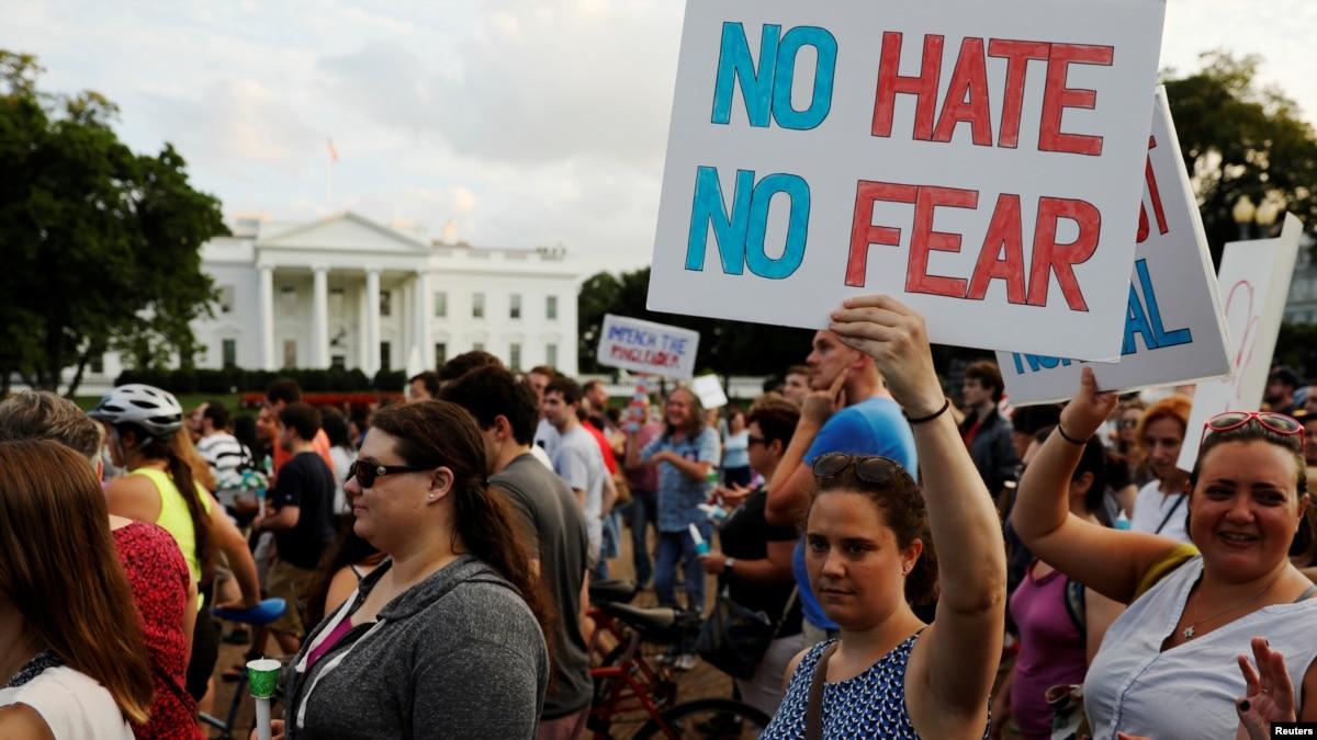 Trump Under Sharp Attack for Failure to Denounce White ...