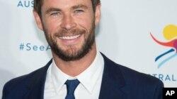 """El actor Chris Hemsworth comparte la pantalla grande con la actriz Tessa Thompson. """"Men in Black: International"""" se estrena próximamente en EE.UU."""