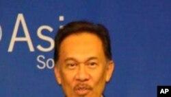ملائیشیا: انور ابراہم کے خلاف عدالت میں ڈی این اے شواہد پیش کرنے کی اجازت