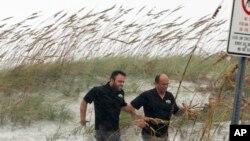 سمندری طوفان میتھیو فلوریڈا کے ساحلی علاقوں میں