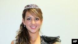 ນາງສາວ ຄລໍເດຍ ວັນນິທອນ ຊະນະການປະກວດ ເພື່ອເຂົ້າຊີງ Miss World Australia