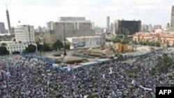 ეგვიპტელები მუბარაკის გასამართლებას ითხოვენ