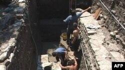Zbulohen në Butrint pjesë të dyshemesë së Forumit Romak