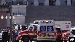 خبرگزاری رویترز اعلام کرده یک شهروند مجروح شد و فرد مظنون که ظاهرا زخمی شده، بازداشت و به بیمارستان منتقل شد