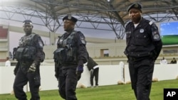 Polícia Impede Manifestação em Luanda