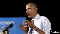 Presiden AS Barack Obama berbicara mengenai ekonomi dalam kunjungan ke University of Wisconsin La Crosse (2/7).