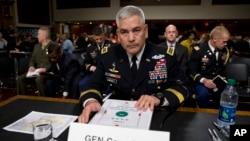 جان کمبل فرمانده نیروهای ناتو و امریکایی به کانگرس امریکا گفت که بررسی اوضاع افغانستان و گزینه ها مرتبط به آن را به قصر سفید ارایه کرده است.