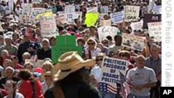 Američki konzervativni pokret Tea-party prilično je razjedinjen