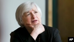 La presidenta de la Reserva Federal, Janet Yellen, ha dicho que el momento del aumento de las tasas de interés dependerá de los datos económicos.
