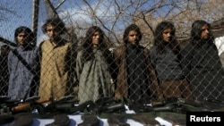 افغانستان میں پکڑے گئے پاکستانی طالبان عسکریت پسند