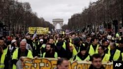 Fransa'daki Sarı Yelekliler protestosu